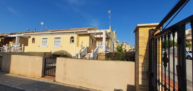 Casa en venta en Algorfa, Alicante, Calle Bosnia, 133.000 €, 3 habitaciones, 2 baños, 181 m2