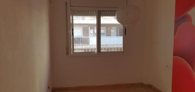 Piso en venta en Piso en Amposta, Tarragona, 65.600 €, 3 habitaciones, 2 baños, 110 m2