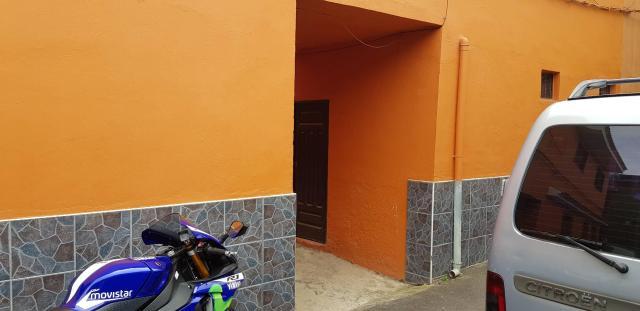 Piso en venta en Piso en los Realejos, Santa Cruz de Tenerife, 79.000 €, 2 baños, 106 m2