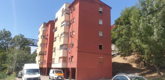 Piso en venta en Font de la Pólvora, Girona, Girona, Calle Hortensia, 40.236 €, 3 habitaciones, 1 baño, 82 m2
