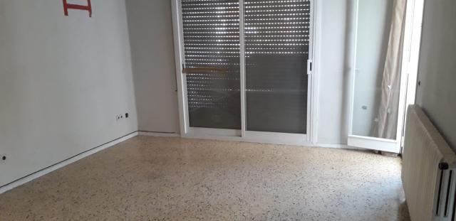 Piso en venta en Piso en Lleida, Lleida, 61.500 €, 3 habitaciones, 1 baño, 139 m2