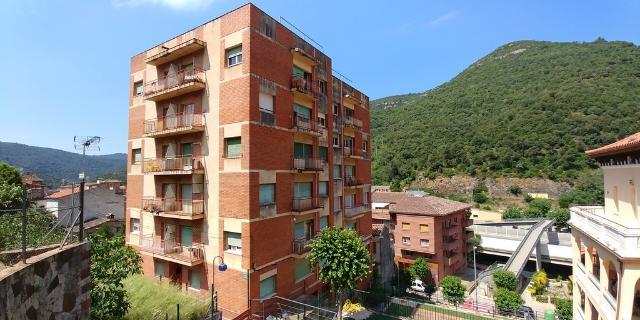 Piso en venta en Can Plans, Figaró-montmany, Barcelona, Calle Escaleras del Angelus, 75.000 €, 3 habitaciones, 1 baño, 66 m2
