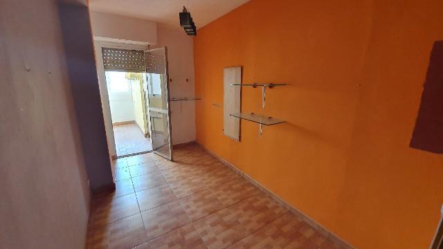 Piso en venta en Piso en Alcoy/alcoi, Alicante, 41.800 €, 3 habitaciones, 93 m2