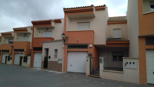 Casa en venta en Argamasilla de Alba, Argamasilla de Alba, Ciudad Real, Calle Canal Gran Prior, 54.000 €, 3 habitaciones, 113 m2