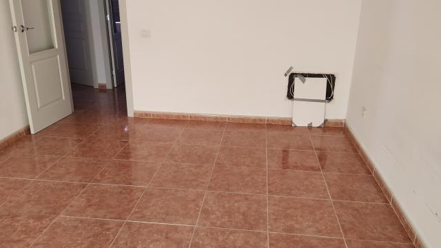 Piso en venta en Piso en Antigua, Las Palmas, 107.900 €, 2 habitaciones, 1 baño, 106 m2