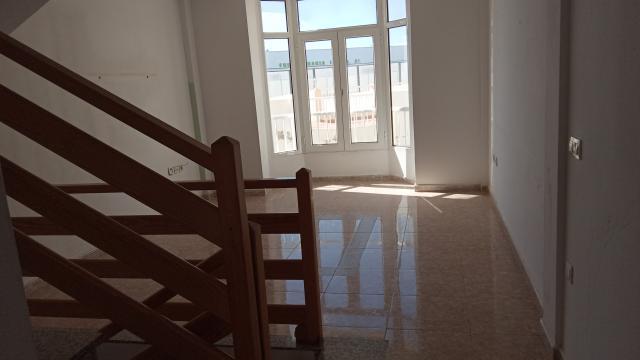 Piso en venta en Piso en Arrecife, Las Palmas, 114.900 €, 2 habitaciones, 2 baños, 113 m2
