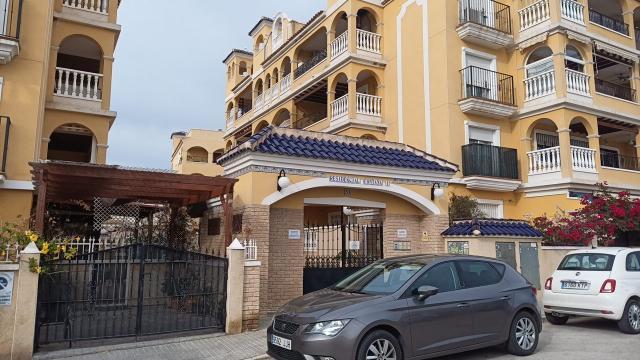 Piso en venta en Piso en Algorfa, Alicante, 68.000 €, 95 m2