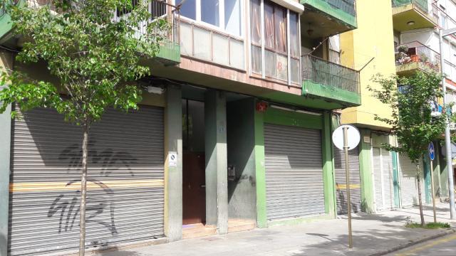 Piso en venta en Piso en Salt, Girona, 73.000 €, 3 habitaciones, 1 baño, 90 m2