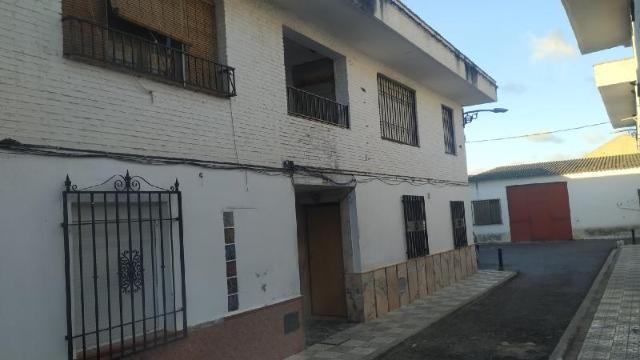 Piso en venta en Fuente Vaqueros, Granada, Calle la Paz, 29.300 €, 3 habitaciones, 1 baño, 87 m2