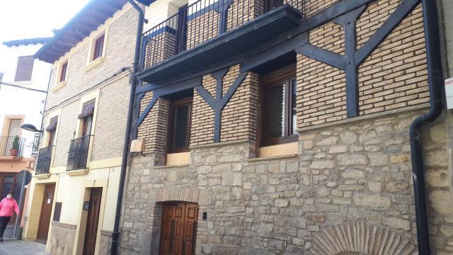 Casa en venta en Sangüesa/zangoza, Navarra, Calle Fermina de Ripalda, 64.000 €, 3 habitaciones, 1 baño, 110 m2