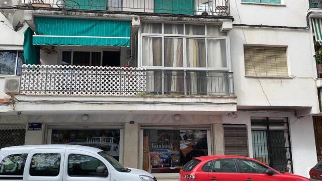 Piso en venta en Piso en Marbella, Málaga, 129.500 €, 4 habitaciones, 1 baño, 100 m2