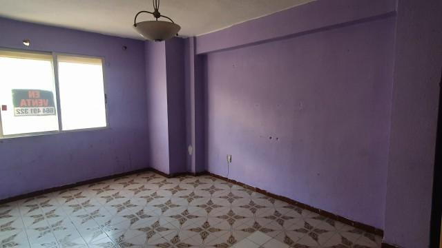 Piso en venta en Piso en Valencia, Valencia, 79.000 €, 3 habitaciones, 1 baño, 83 m2