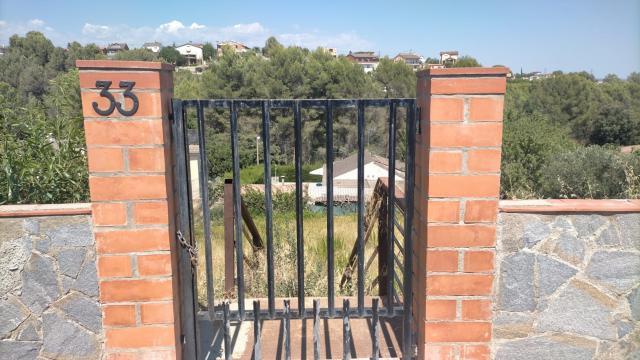 Suelo en venta en Sant Esteve Sesrovires, Barcelona, Urbanización Vallserrat, 60.000 €, 648 m2