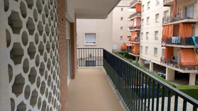 Piso en venta en Piso en Calafell, Tarragona, 95.000 €, 63 m2