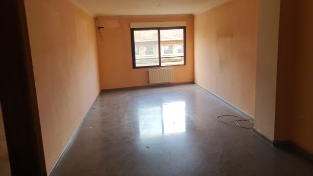 Piso en venta en Piso en Alcoy/alcoi, Alicante, 144.000 €, 4 habitaciones, 2 baños, 195 m2
