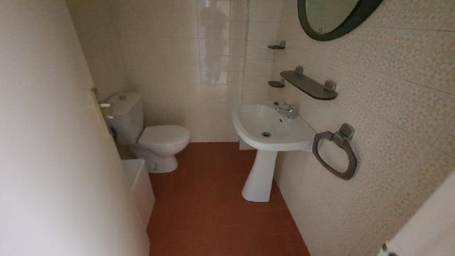 Piso en venta en Piso en Torelló, Barcelona, 110.200 €, 3 habitaciones, 2 baños, 130 m2