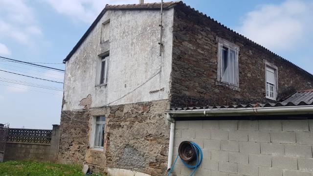 Casa en venta en Ombre, Pontedeume, A Coruña, Calle Pre Lugar Os Loureiros, 119.900 €, 4 habitaciones, 1 baño, 187 m2