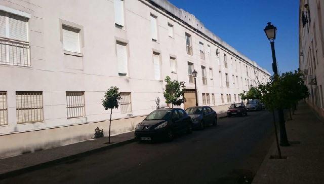 Piso en venta en Arcos de la Frontera, Cádiz, Calle Tango, 69.000 €, 3 habitaciones, 2 baños, 123 m2