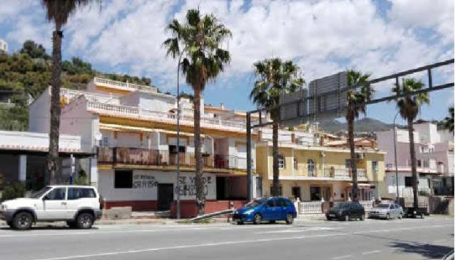Piso en venta en Almuñécar, Granada, Carretera Malaga-almeria, 110.000 €, 2 habitaciones, 1 baño, 95 m2