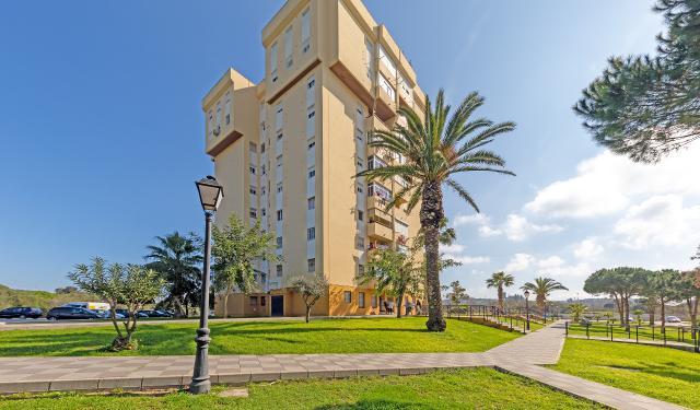 Piso en venta en Barriada de la Paz, San Roque, Cádiz, Calle Barrio Miraflores, 30.000 €, 3 habitaciones, 1 baño, 78 m2