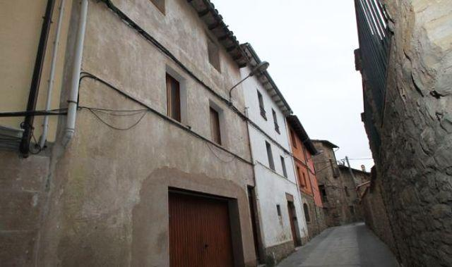 Piso en venta en Les Acàcies, Santa Eulàlia de Riuprimer, Barcelona, Calle Baix, 65.700 €, 2 habitaciones, 1 baño, 63 m2