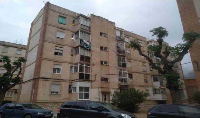 Piso en venta en Piso en Reus, Tarragona, 41.500 €, 3 habitaciones, 1 baño, 71 m2