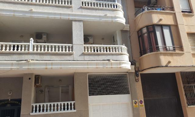 Piso en venta en La Mata, Torrevieja, Alicante, Calle Capitan Garcia Gea, 99.100 €, 3 habitaciones, 2 baños, 91 m2