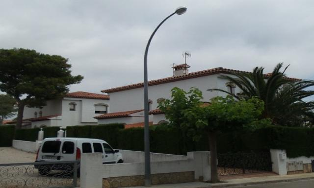 Casa en venta en Miami Platja, Mont-roig del Camp, Tarragona, Calle de Beltran de Castellet, 127.700 €, 5 habitaciones, 2 baños, 81 m2