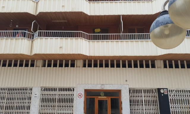 Piso en venta en Torrevieja, Alicante, Avenida Doctor Gregorio Marañon, 80.000 €, 2 habitaciones, 1 baño, 67 m2