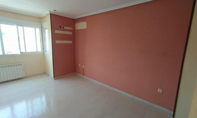 Piso en venta en Calasparra, Murcia, Avenida Juan Ramon Jimenez, 56.400 €, 2 habitaciones, 1 baño, 84 m2