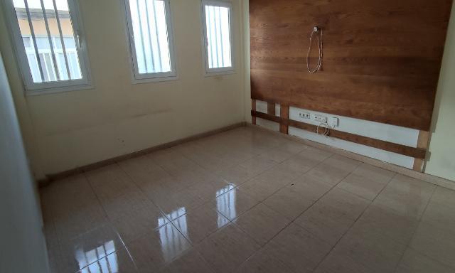 Piso en venta en Tetir, Puerto del Rosario, Las Palmas, Calle Jacinto Benavente, 88.200 €, 3 habitaciones, 1 baño, 90 m2