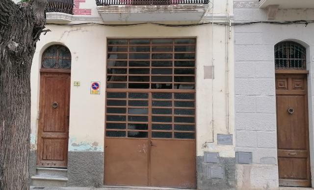 Piso en venta en Bítem, Tortosa, Tarragona, Avenida de Catalunya, 38.600 €, 2 habitaciones, 1 baño, 88 m2