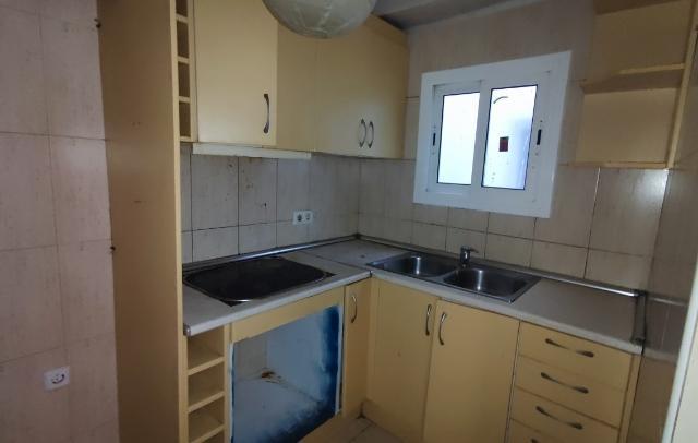 Piso en venta en Piso en Lloret de Mar, Girona, 69.000 €, 3 habitaciones, 1 baño, 68 m2