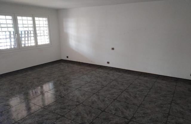 Casa en venta en Can Rodoreda, L` Ametlla del Vallès, Barcelona, Calle de la Gralla, 319.400 €, 4 habitaciones, 2 baños, 217 m2