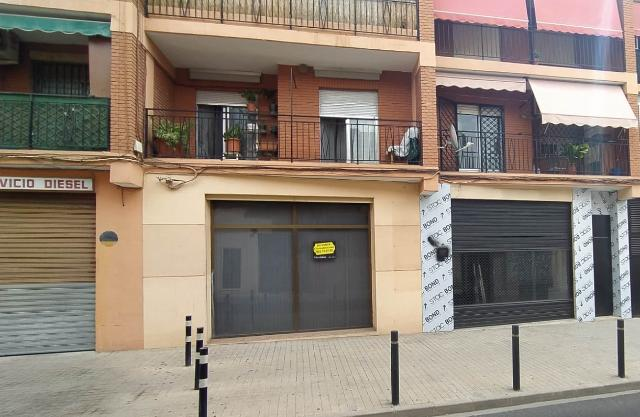 Local en venta en Burjassot, Valencia, Calle Calle Blasco Ibañez, 73.000 €, 133 m2