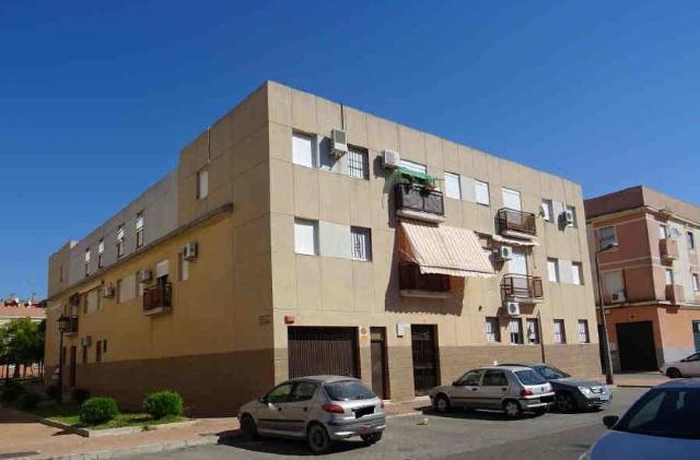 Piso en venta en Palma del Río, Córdoba, Calle Honduras, 74.500 €, 3 habitaciones, 1 baño, 91 m2