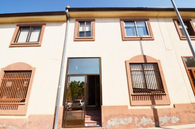 Casa en venta en Albahonda Iii, Carbajosa de la Sagrada, Salamanca, Calle Santa Marta, 95.000 €, 3 habitaciones, 2 baños, 93 m2