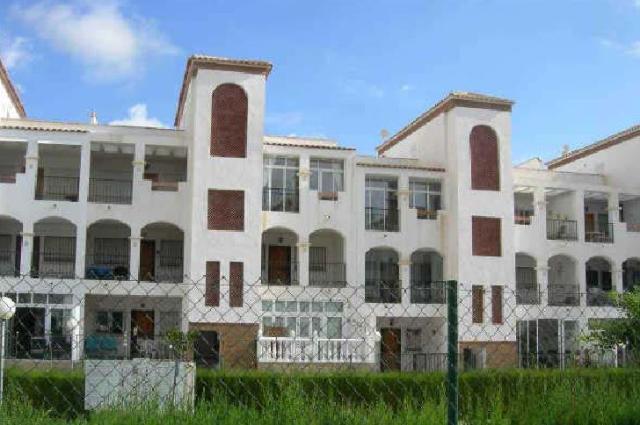 Piso en venta en Piso en Orihuela, Alicante, 75.000 €, 2 habitaciones, 1 baño, 71 m2