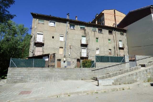 Piso en venta en Cal Menut, Ripoll, Girona, Carretera de Ribes, 26.000 €, 2 habitaciones, 1 baño, 52 m2