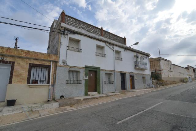 Casa en venta en Andosilla, Andosilla, Navarra, Calle Amado Alonso, 52.800 €, 3 habitaciones, 1 baño, 174 m2