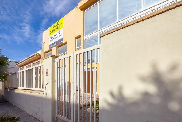 Industrial en venta en Industrial en Moncada, Valencia, 485.000 €, 2030 m2