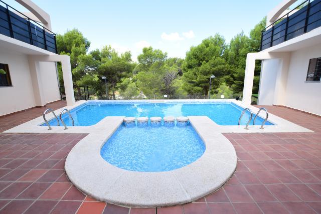 Casa en venta en Altea la Vella, Altea, Alicante, Calle Forat Loft 43, 97.400 €, 2 habitaciones, 1 baño, 83 m2