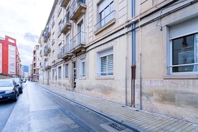 Piso en venta en Eixample, Alcoy/alcoi, Alicante, Calle Cid, 45.200 €, 3 habitaciones, 129 m2