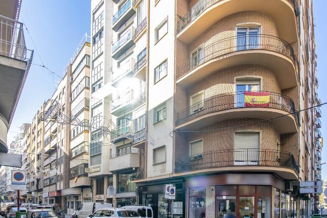 Piso en venta en Albacete, Albacete, Calle San Antonio, 248.000 €, 3 habitaciones, 2 baños, 168 m2