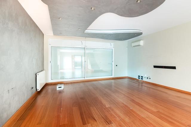 Casa en venta en Badalona, Barcelona, Calle Artemis, 560.000 €, 4 habitaciones, 3 baños, 284 m2