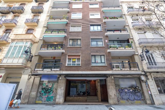 Oficina en venta en Valencia, Valencia, Calle Comte de Salvatierra, 499.000 €, 198 m2