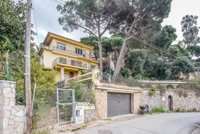Piso en venta en Lloret de Mar, Girona, Calle Mare Nostrum, 247.000 €, 3 habitaciones, 1 baño, 158 m2