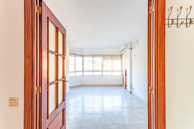 Piso en venta en Palma de Mallorca, Baleares, Calle San Ferran, 199.800 €, 2 habitaciones, 1 baño, 85 m2