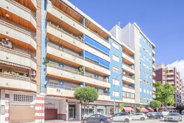 Piso en venta en Gandia, Valencia, Calle Ciutat de Barcelona, 89.000 €, 3 habitaciones, 2 baños, 131 m2