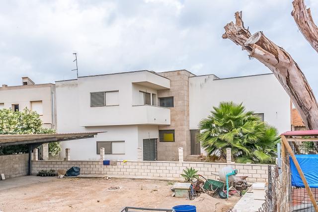 Casa en venta en Casa en Deltebre, Tarragona, 174.600 €, 4 habitaciones, 2 baños, 203 m2
